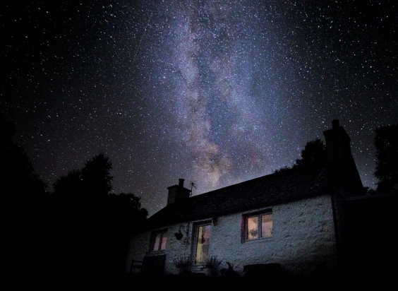 Stargazing over holiday cottage in ardgour