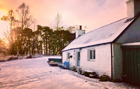 Cuil Moss Cottage - 5 star self catering Highland holiday